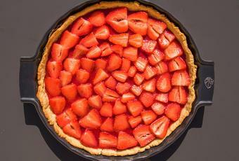Easy Healthy Strawberry Tart, Vegan, without refined sugar or butter